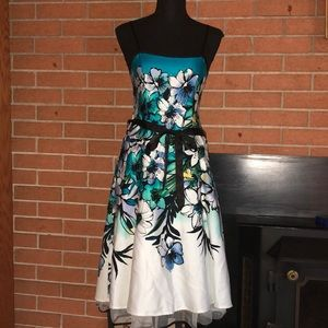 🤍DRESS BARN🤍FLORAL DRESS WITH CRINOLINE HEM🤍